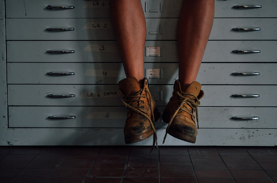 Chroń twoje stopy – obuwie robocze