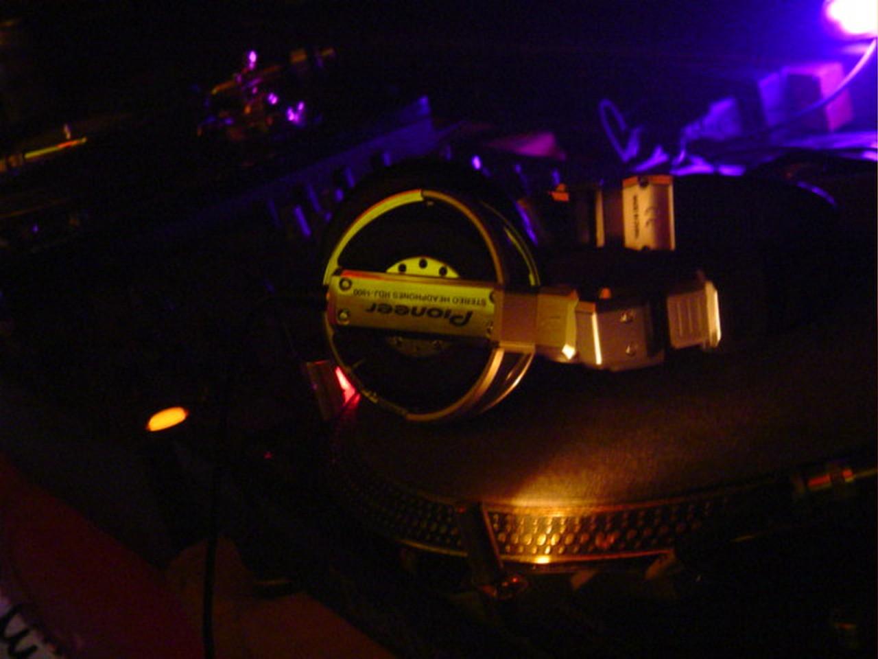Stylowe słuchawki bezprzewodowe – MyKronoz